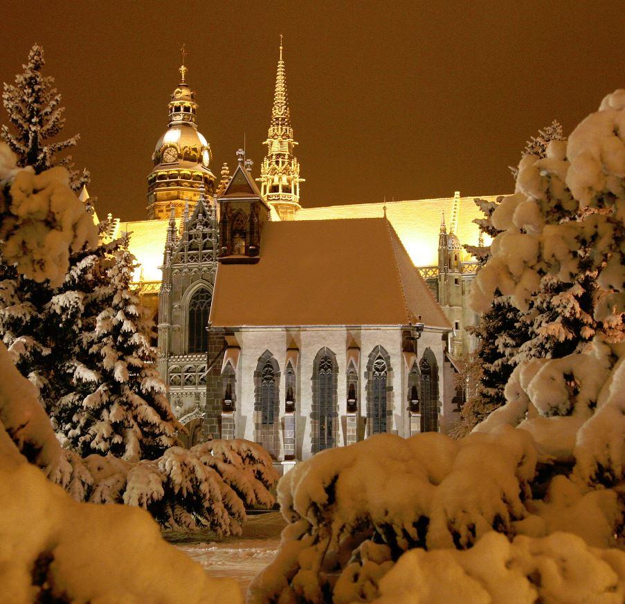http://www.vlastovicka.cz/photos/original/kosice_6e0ea8d239e22eeef69a09bd24191bcf.jpg